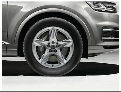 Audi Q7 Winterkomplettrad im 5-Speichen-Stern-Design, brillantsilber, 8 J x 19, 255/55 R 19 111H XL