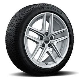 Audi A4 Allroad Winterkomplettradsatz im 5-Parallelspeichen-V-Design Brillantsilber, 6,5 J x 17, 225