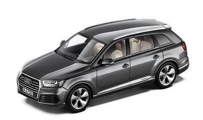 Audi Q7 Audi Q7 Audi Q7 Audi Q7 Stückpreis: 30,00 EUR zzgl. Versandkosten