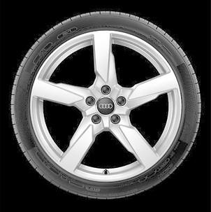 Audi TTRS Winterkomplettradsatz im 5-Arm-Polygon-Design Galvanosilber Metallic, 8 Jx19, 225/40 R 19